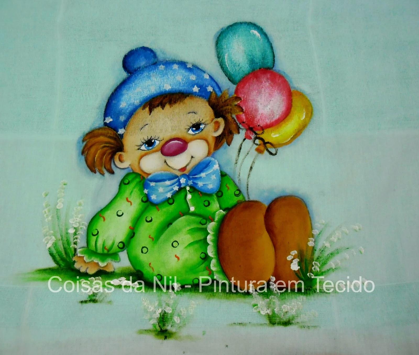 Fralda pintada com palhacinho e balões