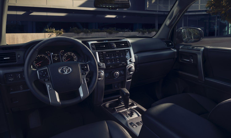 تويوتا 4 رانر الجديدة من الداخل 2022 Toyota 4Runner TRD Sport