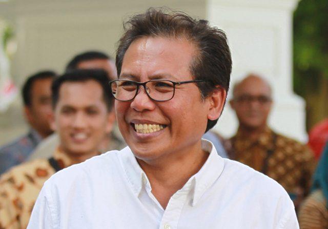 Suka Ngeblok & Sering Salah Jawab, Fadjroel tak Layak Jadi Jubir Presiden Jokowi