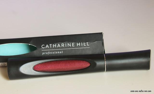Resenha: Batom Líquido Metalizado da Catharine Hill