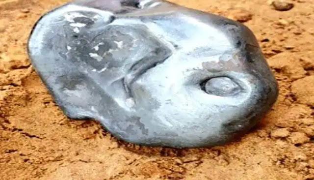 जालोर में आसमान से गिरा 3 किलो का उल्कापिंड, 6 धातुओं से बने इस पिंड की करोड़ों में है कीमत