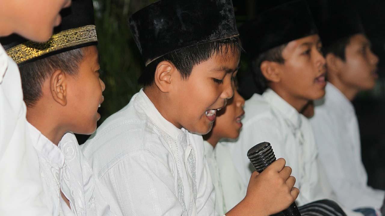 Dengan Hanya Melafalkan Basmalah Calon Siswa Bisa Langsung Diterima di SMP Takhassus Tahfizul Quran Secara Gratis