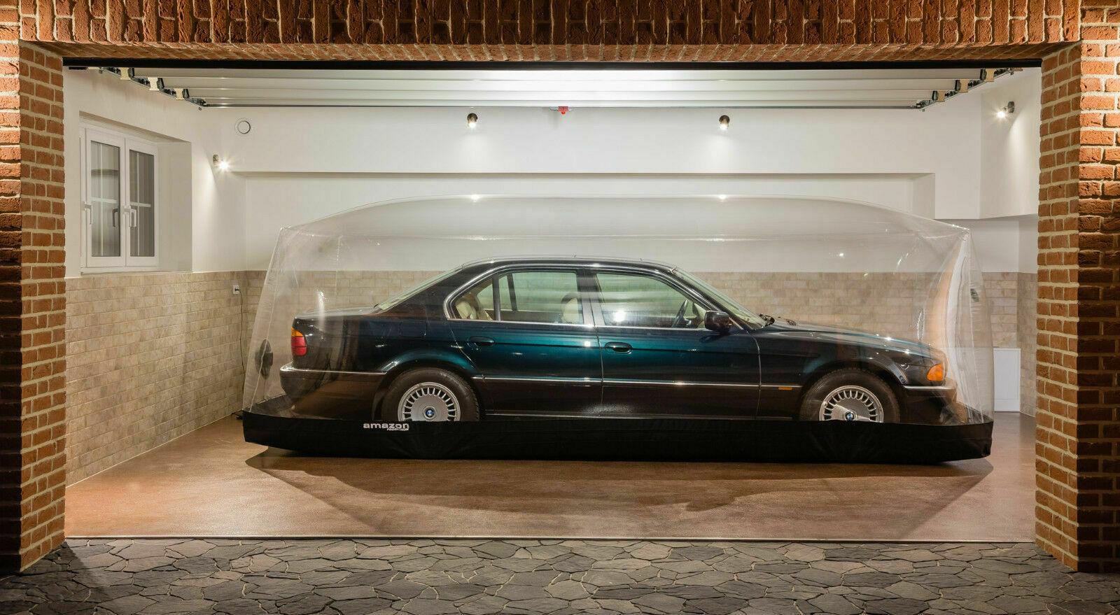 Bubble Wrapped 255kms: 1997 BMW 740i E38