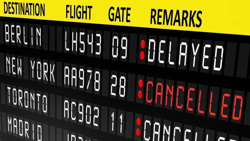 خمس خطوات يمكن أن تفعل عند الغاء رحلة الطيران