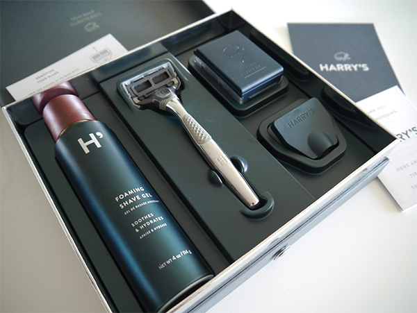 Harry's Winston shave set inside the packaging