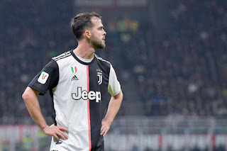 Pjanic to arrival in Barcelona earlier than planned with Juventus out of Champions League