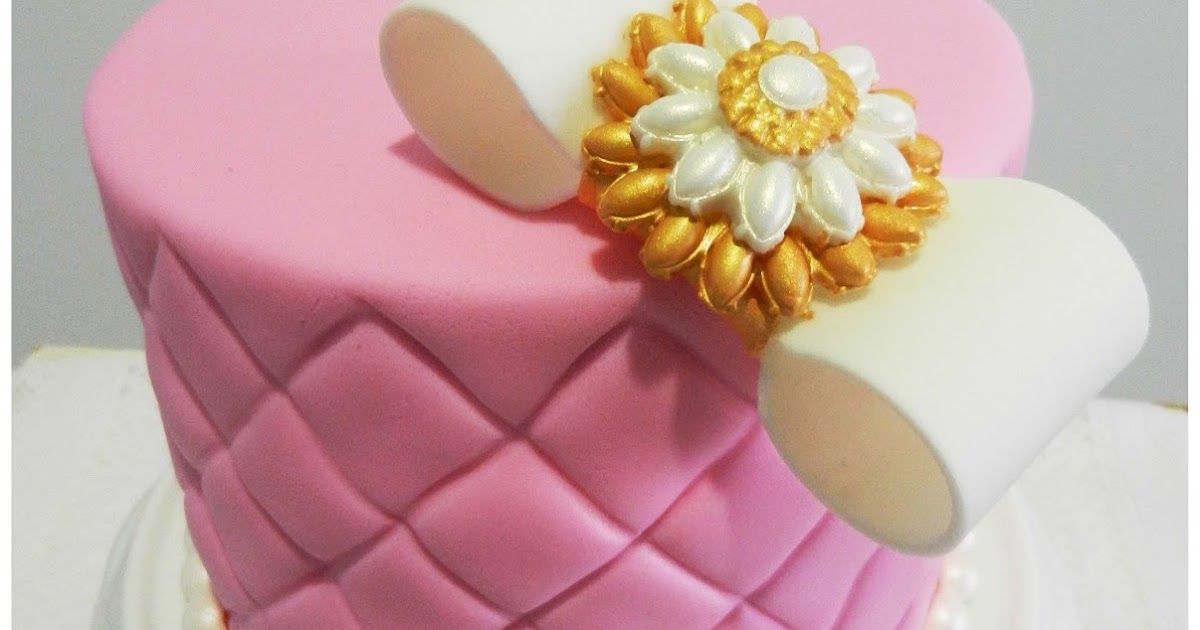 How To Make Diamond Pattern On Fondant Cake