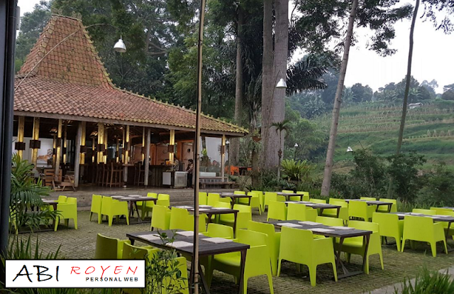 Tempat%2Bwisata%2Bdi%2BLembang%2BBandung%2BSalian%2BArt%2BSpace 26 Tempat Wisata di Lembang Bandung yang Paling Wajib Dikunjungi