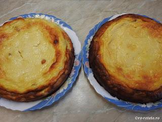 Pasti reteta pasca fara aluat cu branza smantana oua zahar gris vanilie rom lamaie cocos retete de Paști Paște,