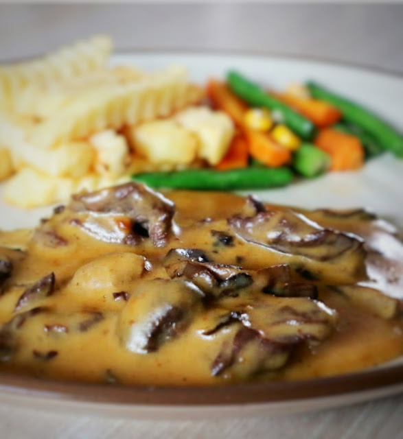 Kulineran di HUK Family Resto Jatiasih