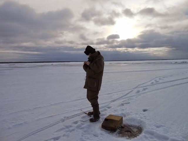Зимняя рыбалка на озере Иртяш