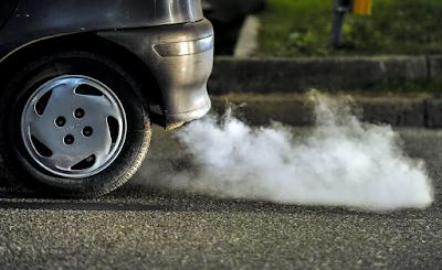 bahaya gas buang pada mobil yang harus diketahui