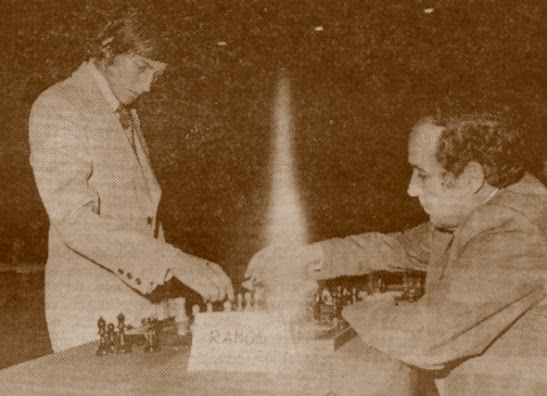 Anatoly Kárpov en Tortosa en 1976