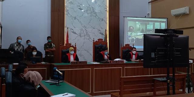 Hakim Jatuhkan Vonis 10 Bulan Penjara kepada Syahganda Nainggolan