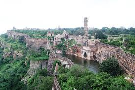 चित्तौड़गढ़ का किला in Hindi