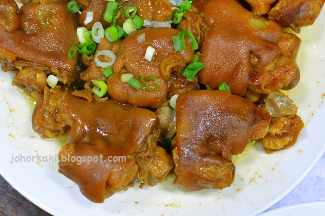 Famous-Food-Kaohsiung-Liu's-Traditional-Juancun-Food-劉家酸菜白肉火鍋