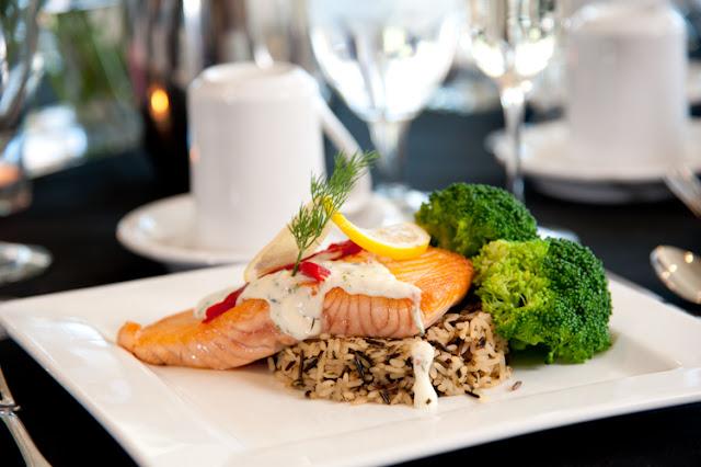 Hacer la prueba del menú para definir la comida definitiva del enlace - Foto: www.memoriesattradition.com