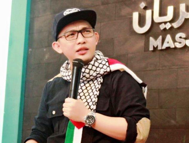 Banyak Pihak Sudutkan Palestina, Ustadz Hilmi Firdausi: Para Buzzer Dapat Orderan dari Zionis Israel?