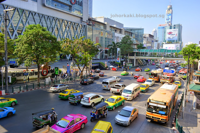 Central-Bangkok-World-Embassy-Chidlom