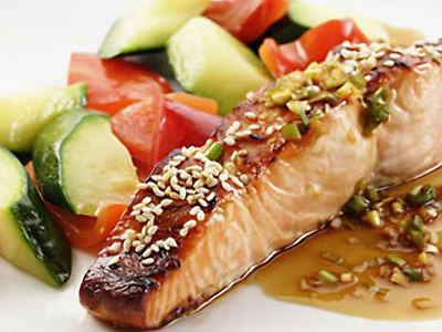 Ikan merupakan salah satu jenis masakan yang mempunyai khasiat baik bagi kesehatan badan m Manfaat Ikan Salmon Untuk Kesehatan