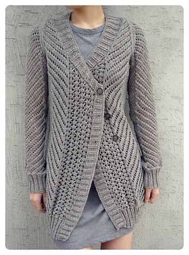 KWIATOWA 22: Sweter na drutach szary reglan piorkowy bezszwowy