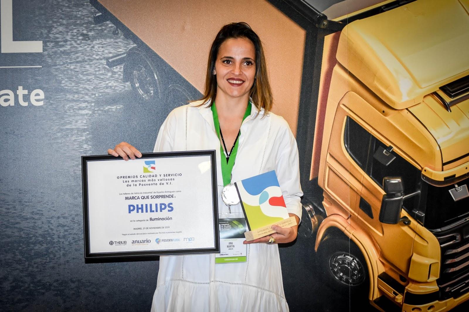 Los talleres españoles especialistas en Vehículo Industrial distinguen la calidad de las lámparas Philips