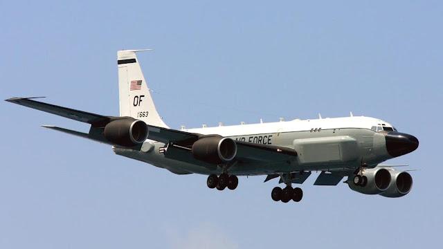 Không Quân Hoa Kỳ điều chuyển các máy bay giám sát tên lửa đạn đạo đến căn cứ không quân Travis
