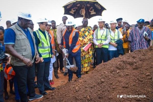 VP Bawumia Cuts Sod For 30km Sinohydro Cape Coast Inner City Roads