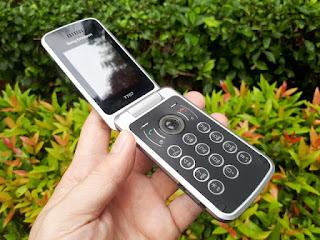 Sony Ericsson T707 Flip Jadul Kolektor Item