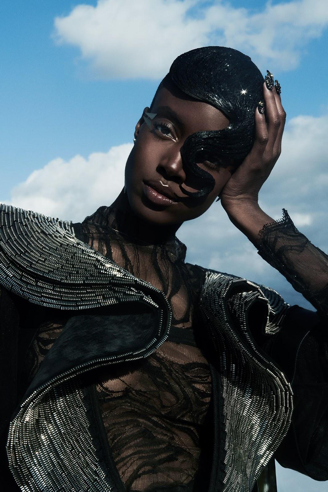 a99947ae5 Gold Metallic Graphic Makeup, Gold Bath Bomb, Glitter Bath- Beauty Fashion  Editorial with model Madisin Rian Bradley