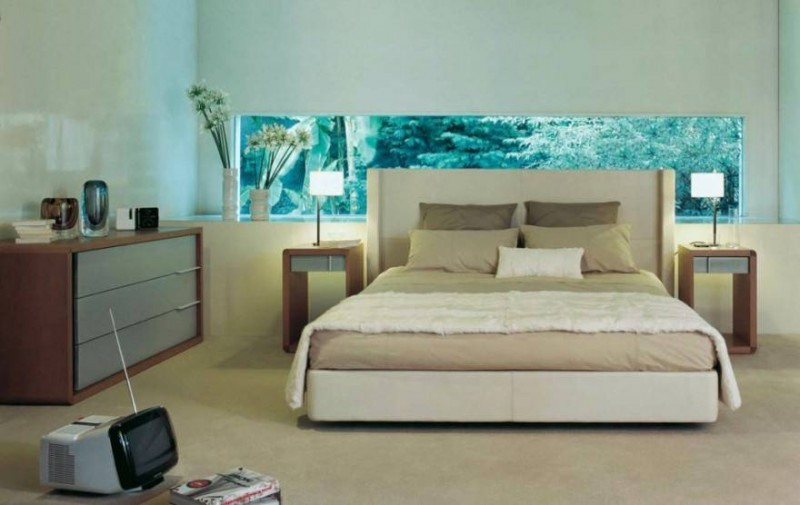 Turning Aquarium Into The Bedroom Would Not Be Easy, The Next Task Is To  Liven Up A Room With Color Mixing. If You Get Bored With Pastel Colors Or  ...