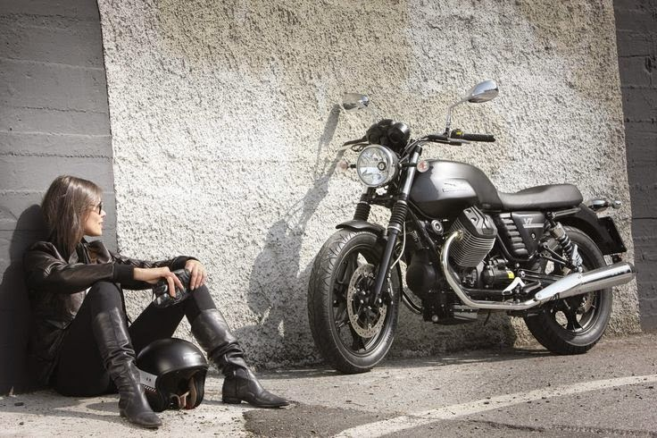 Moto Guzzi Girl