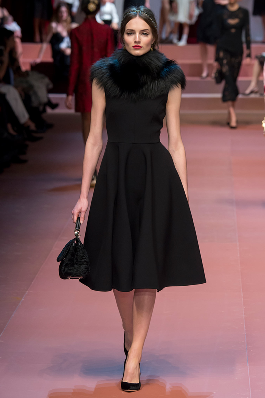 Dolce_Gabbana_fall_winter_2015_mamma_black_dress