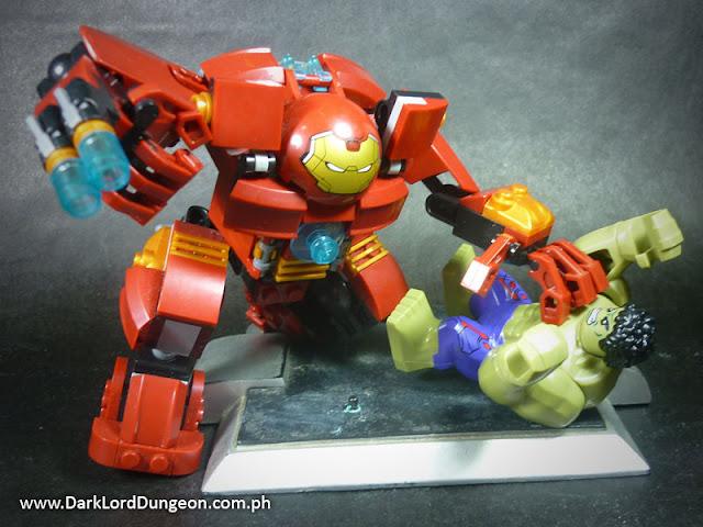 Heroes Assemble Lego KO Hulkbuser versus the Hulk