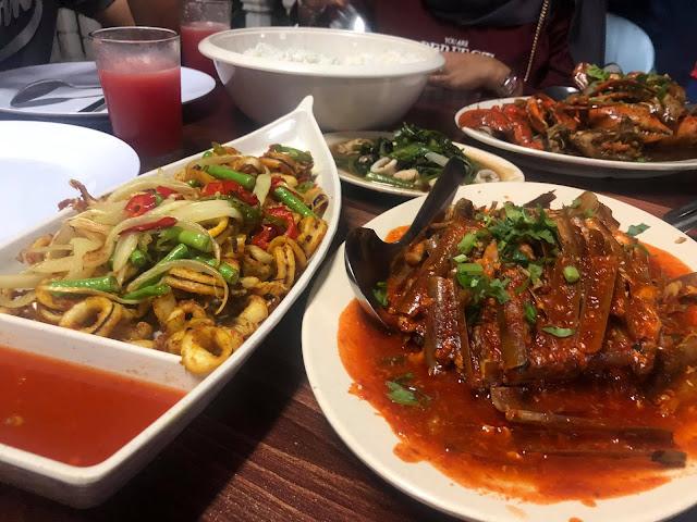 Makan Malam Di Restoran Terapung H.M Sri Bagan, Bagan Lalang