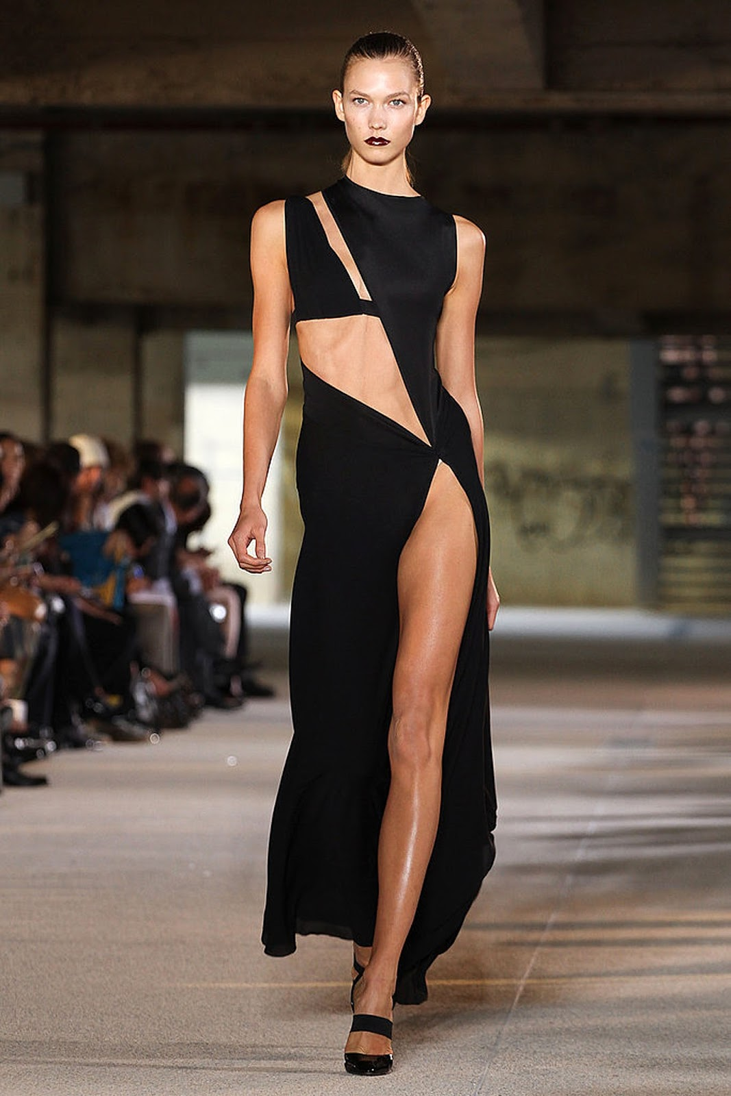 Eniwhere Fashion - Anthony Vaccarello da Yves Saint Laurent 2012