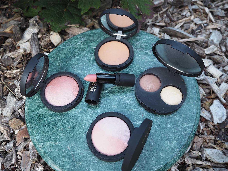 inika Make-Up Burnt Peach, Pink Tickle, Nude Pink, Teak, Wisdom