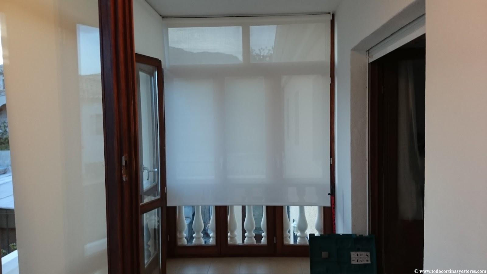 Cortinas toldo para terrazas gallery of cortinas de - Estores enrollables de plastico ...