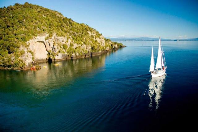 Vẻ đẹp của hồ Taupo