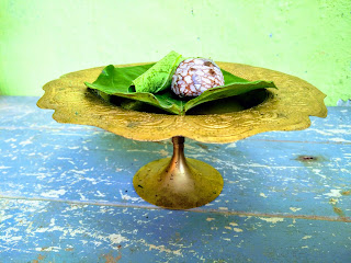 Tamul is areca nut and paan is betal leaf. Tamul pan is an integral part of Assamese society.