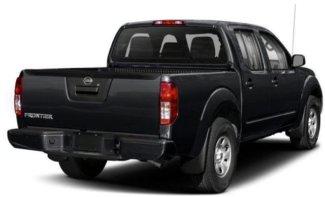 Nissan-Frontier-Pro-4x-tailgate-and-badge