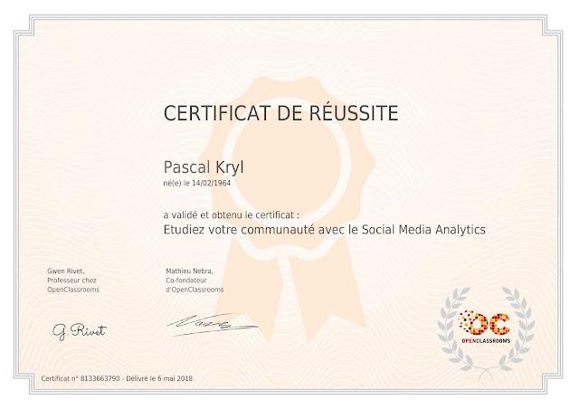 """Certification OpenClassrooms """"Étudiez votre communauté avec le Social Media Analytics."""