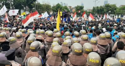 Situasi Terkini Demo Mahasiswa Hari Ini di Area Gedung DPR