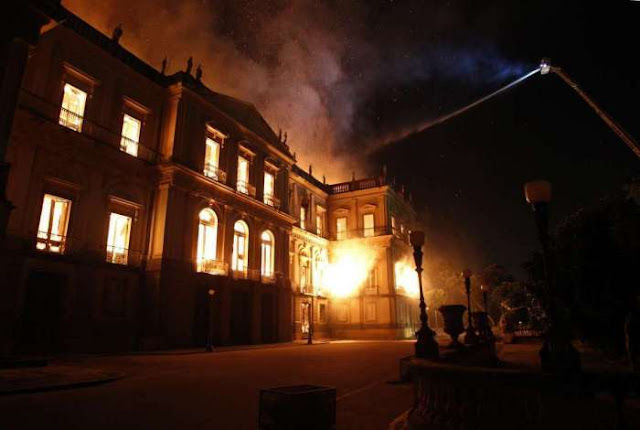 Incêndio do Museu Nacional foi ato criminoso da esquerda e do PT?