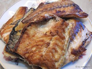Peste fript la gratar reteta macrou la grill sau tigaie retete mancare friptura mancaruri cu pește,