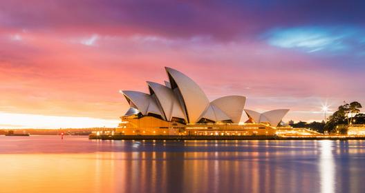 Travelling Malam Di Australia