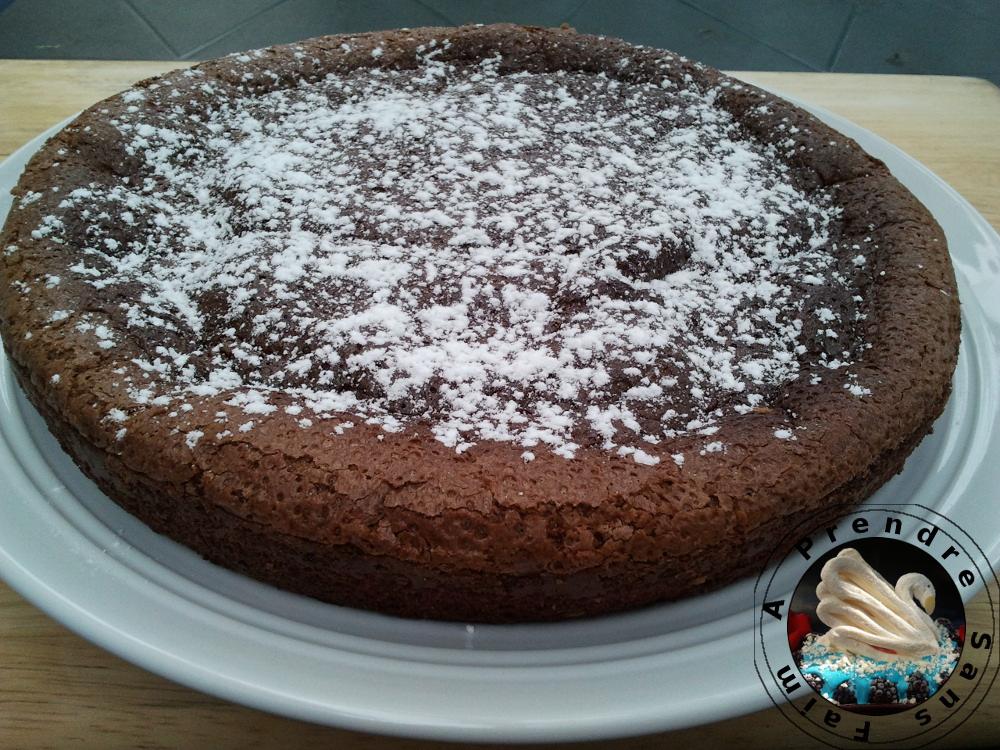 Gâteau praliné noisettes sans farine ni levure