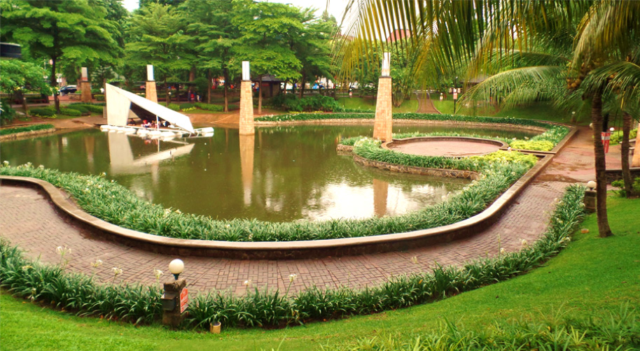 Taman Langsat Kesejukan Alami di Tengah Jantung Kota Jakarta