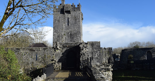 Wise Owl Tours: Aughnanure Castle