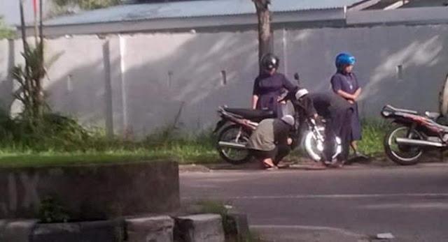 Foto Dua Ustadz dan 2 Biarawati Bikin Heboh Netizen, Ternyata Ini Yang Terjadi